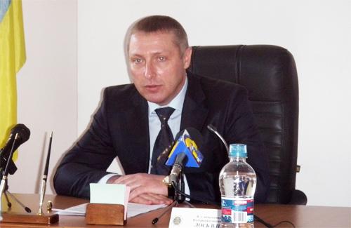 Лось из Киевской таможни шокирует крупными активами своей семьи