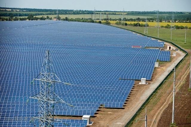 Менеджмент «Укрэнерго» подозревают в хищении средств при постройке подстанций на юге страны