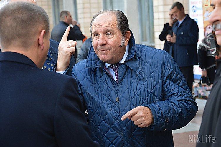 Экс-директору Николаевского порта назначили залог в два миллиона гривен