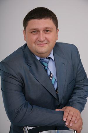 Депутат Черкасского облсовета, сменивший Януковича на Ляшко, уличен в растрате