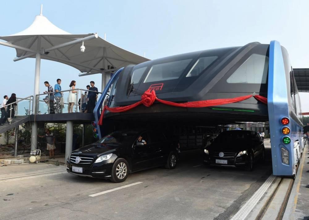 «Поедающий машины»: проект новейшего китайского автобуса оказался грандиозной аферой