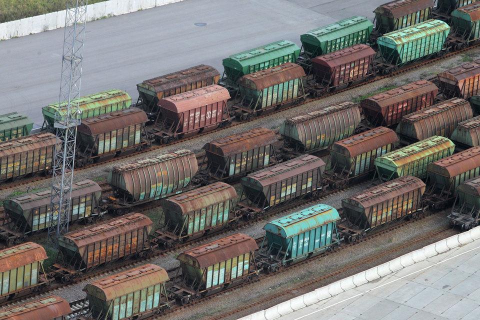 Вагоны раздора: украинскую «дочку» железнодорожной компании из РФ уличили в отмывании денег