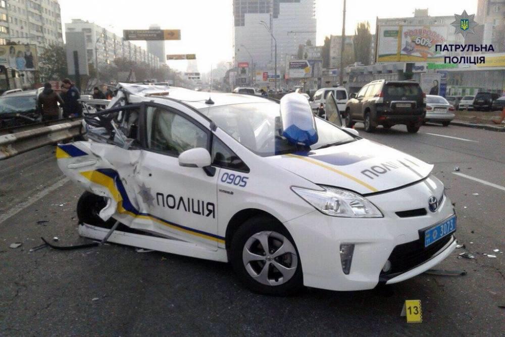Скандал в патрульной полиции: в Одессе скрывали аварии на служебных авто