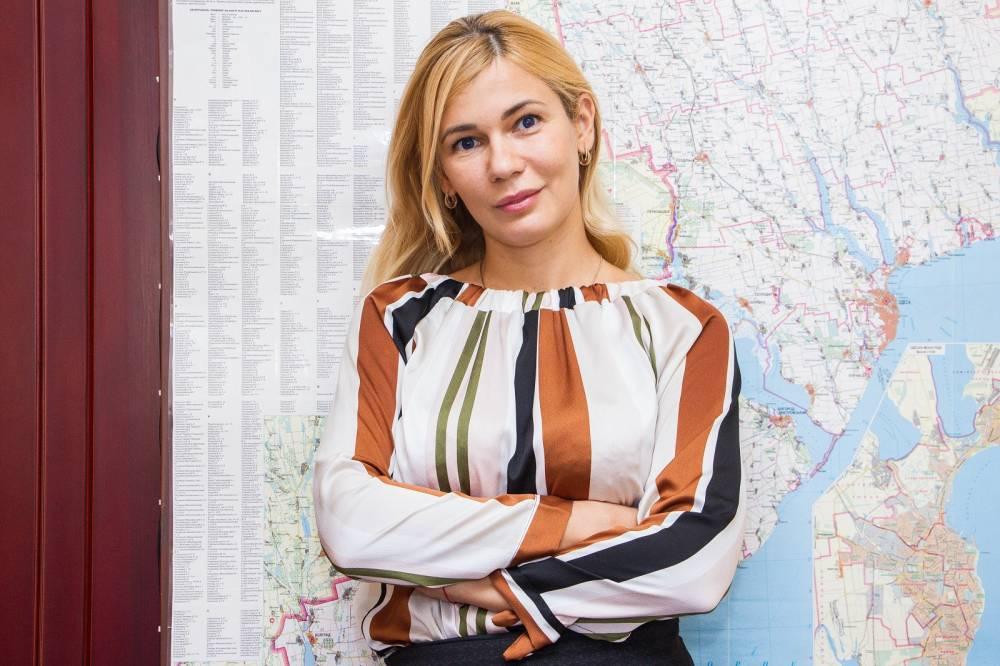 В погоне за «безвизом»: фиктивные браки, грузинские бандиты и увеличивающаяся очередь