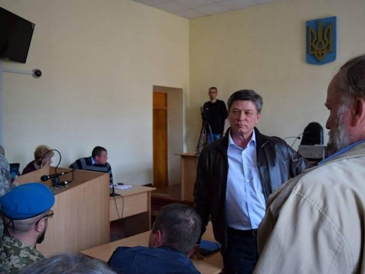 Экс-мэру Новомосковска дали три года за вымогательство