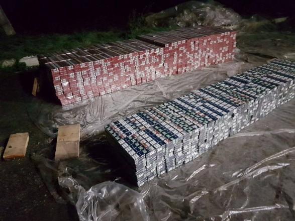 Украинец пытался вывезти в Румынию сигареты в пиломатериалах