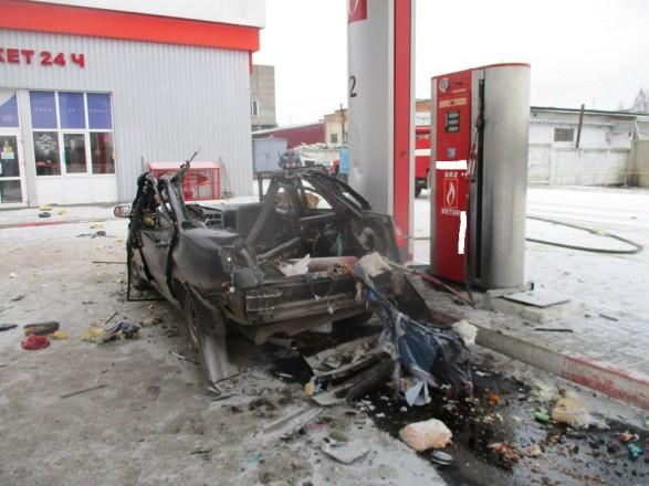 В Шостке на АЗС взорвался автомобиль