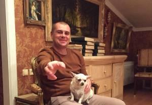 Одесский депутат уже третий год официально бездомный и безработный