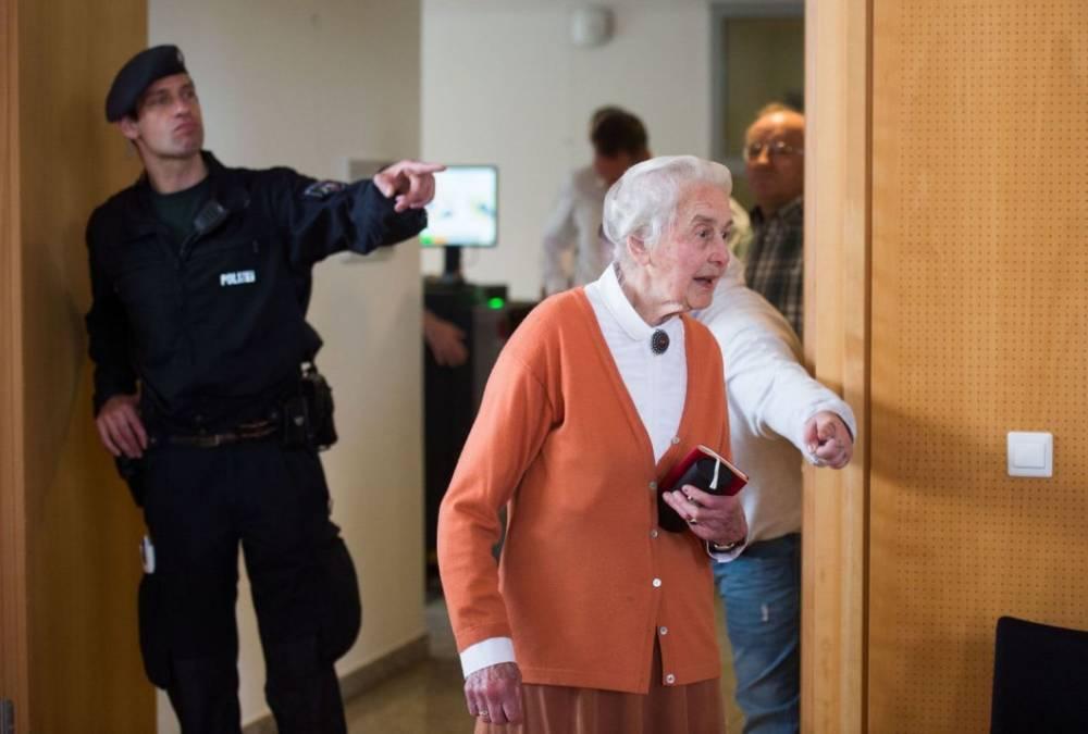 В Германии за отрицание Холокоста арестовали 89-летнюю немку