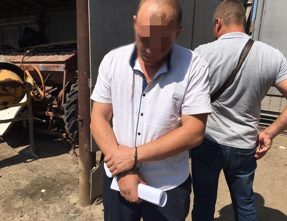В Еланце начальник полиции не смог напугать фермера