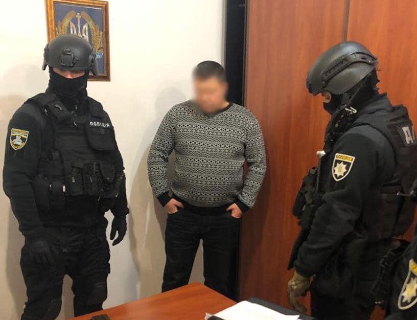 Начальник полиции Пологи пытался заставить подчиненного собирать взятки