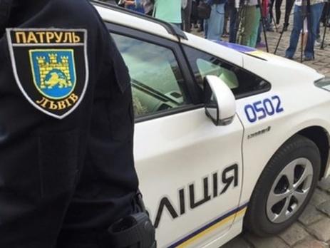Под Львовом водитель-нарушитель напал на патрульного