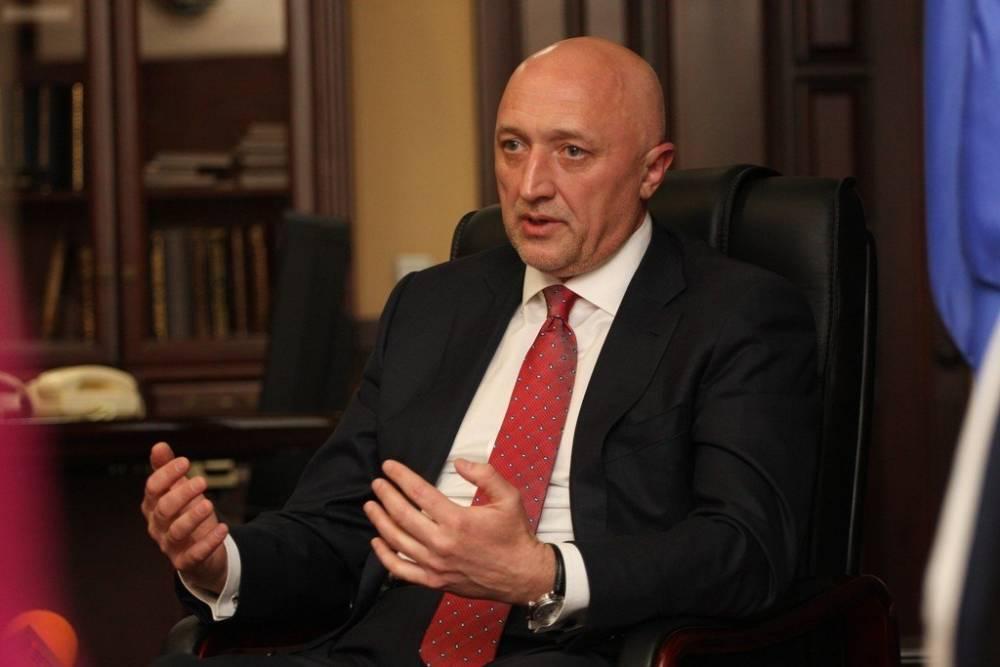 Экс-глава Полтавской ОГА, подозреваемый в коррупции, оспаривает приказ об увольнении