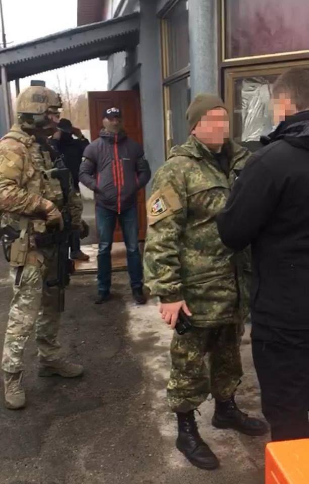 Полицейские вывозили радиоактивную рыбу из Чернобыльской зоны