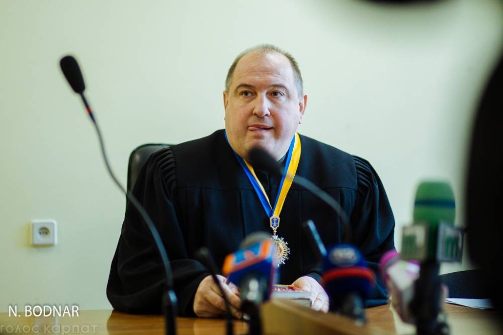 В Ужгороде судья испугался угроз осужденного