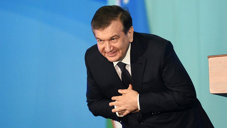 Президент Узбекистана выступил против толстяков в полиции и армии