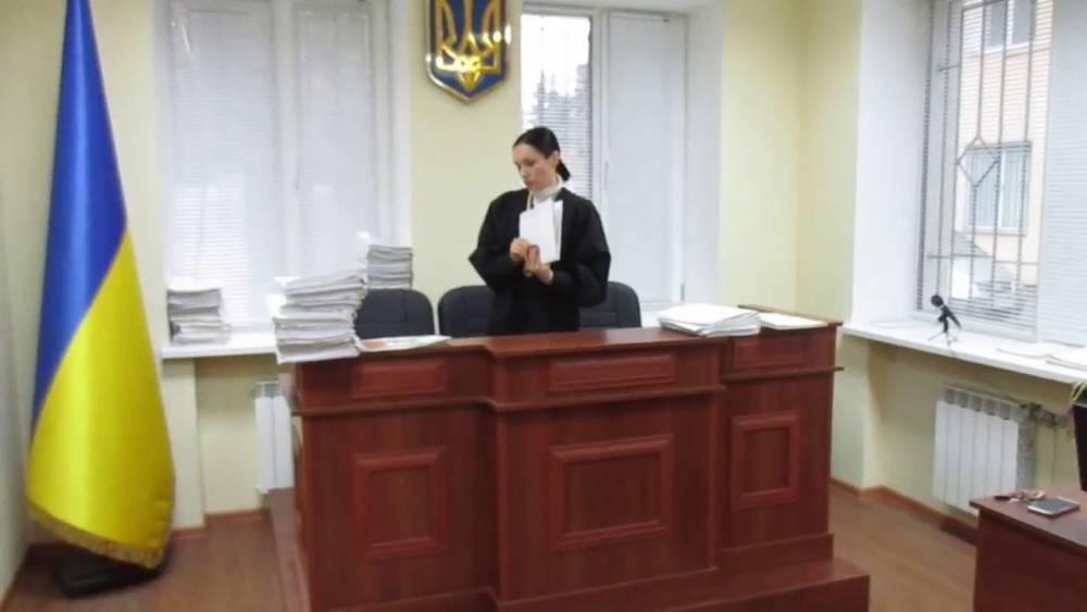 В Киеве судья пожаловалась, что на нее давят через бывшего мужа