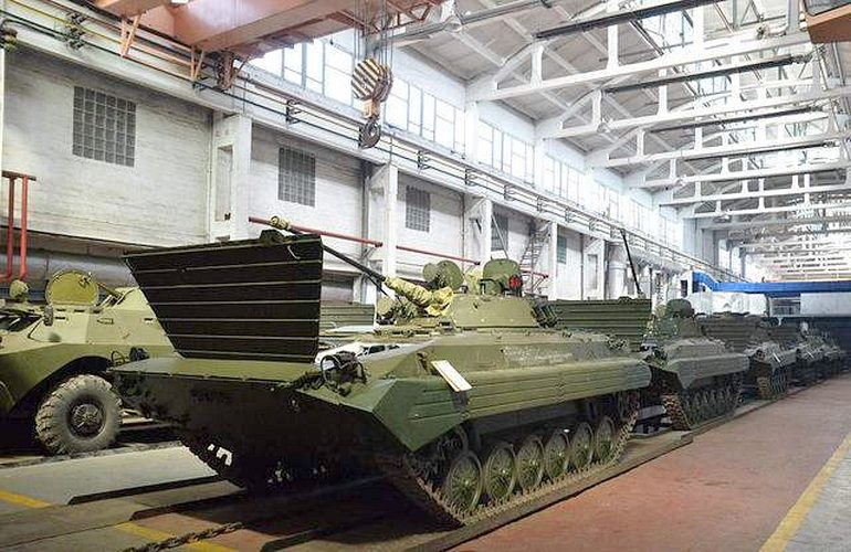 На Житомирский бронетанковый завод наложили арест