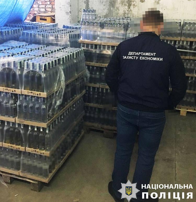 Во Львовской области разоблачили масштабное производство фальсифицированного алкоголя