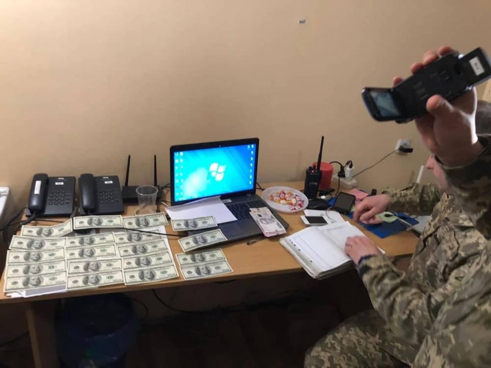 Командир батальона охраны в зоне ООС брал взятки у подчиненных