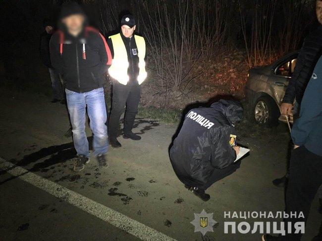 Ровенский гонщик повредил две патрульных машины: пострадали полицейские
