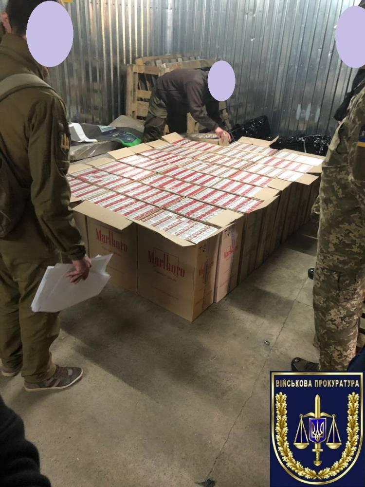 В Гранитном через армейские позиции организовали контрабанду сигарет из «ДНР»