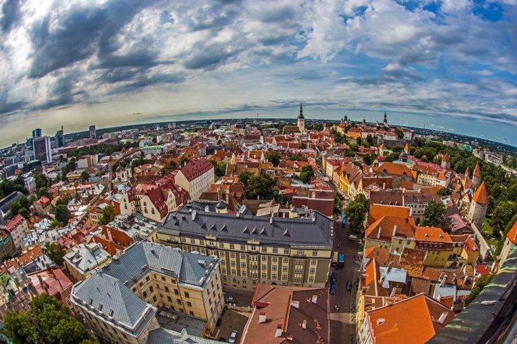 Украинцы оформили на офис в Эстонии 300 сомнительных фирм