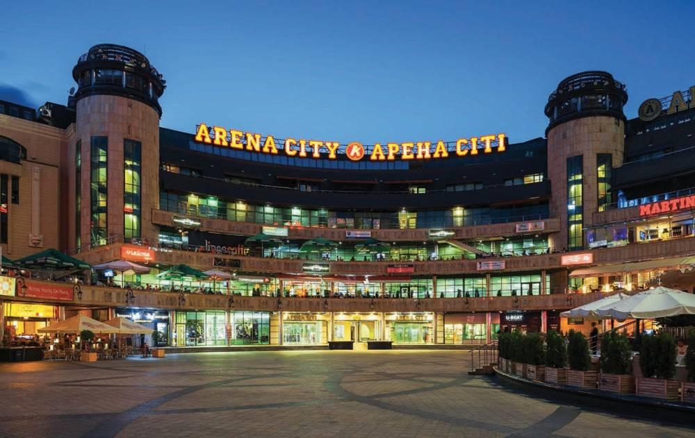 Фирташ продал часть «Арена Сити» Тигипко