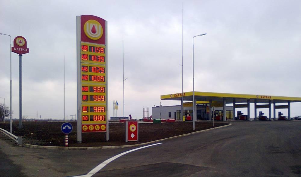 Одесскую сеть автозаправок проверяют на причастность к краже топлива у армии
