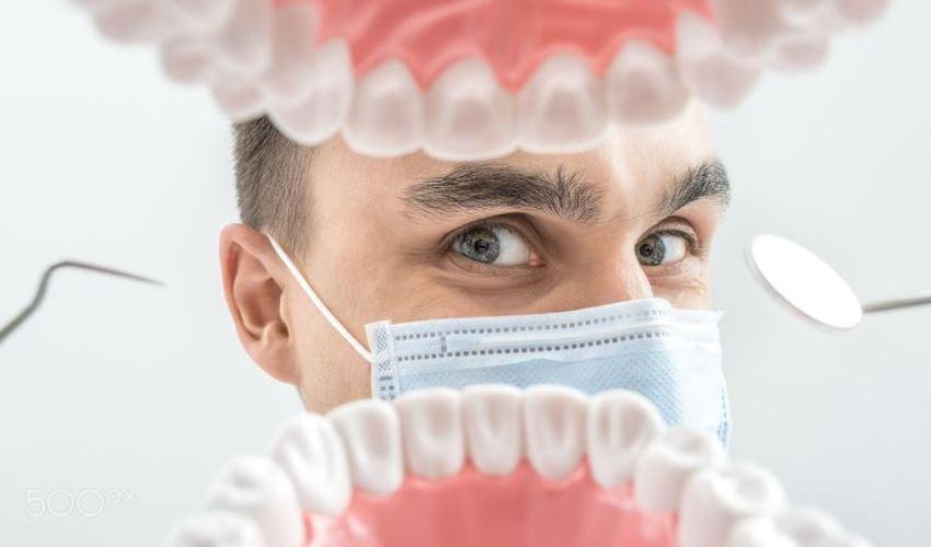 В Дрогобыче посетитель угрожал застрелить стоматолога