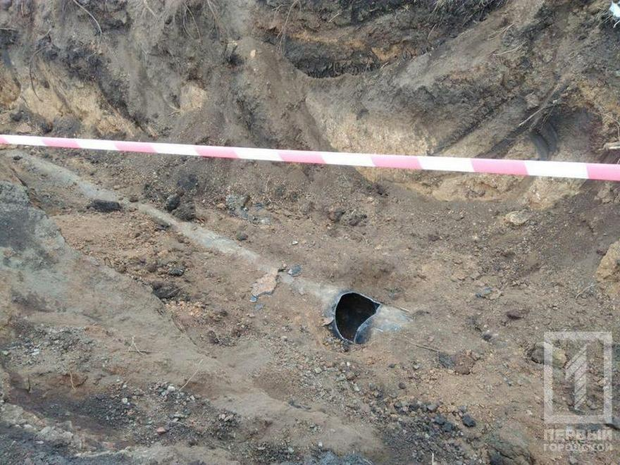В Донецкой области полицейские украли арестованные трубы и сдали их на металл