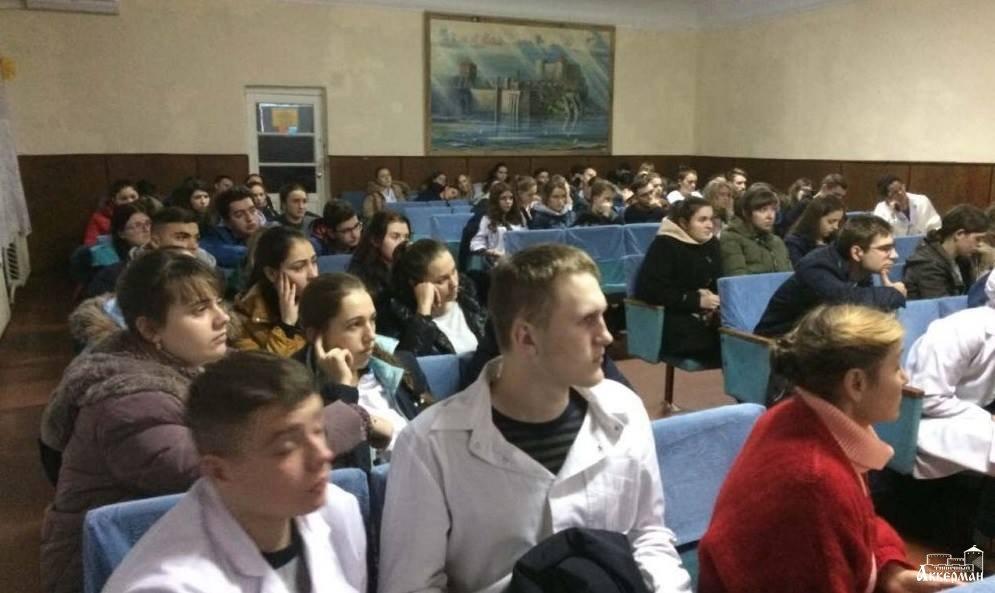 Белгород-Днестровскому медицинскому училищу заблокировали счета