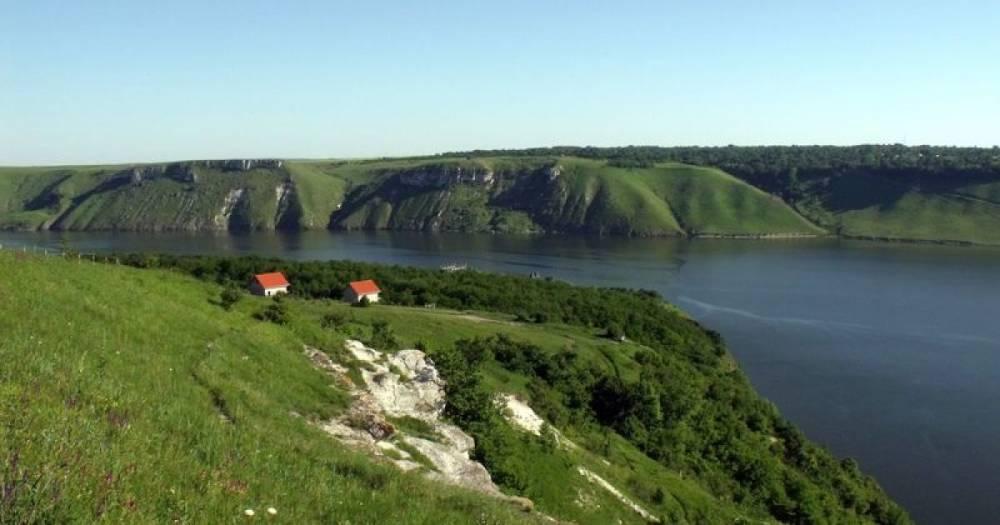 В Национальном природном парке «Подольские Товтры» начали незаконную стройку