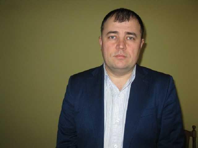 Зеленский уволил уличенного на взятке главу Коростенской РГА