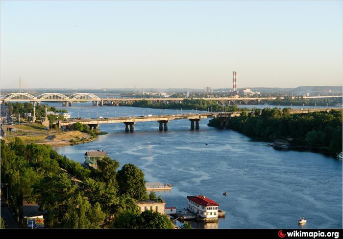 Киевских коммунальщиков подозревают в присвоении миллионов на обустройстве Русановской протоки
