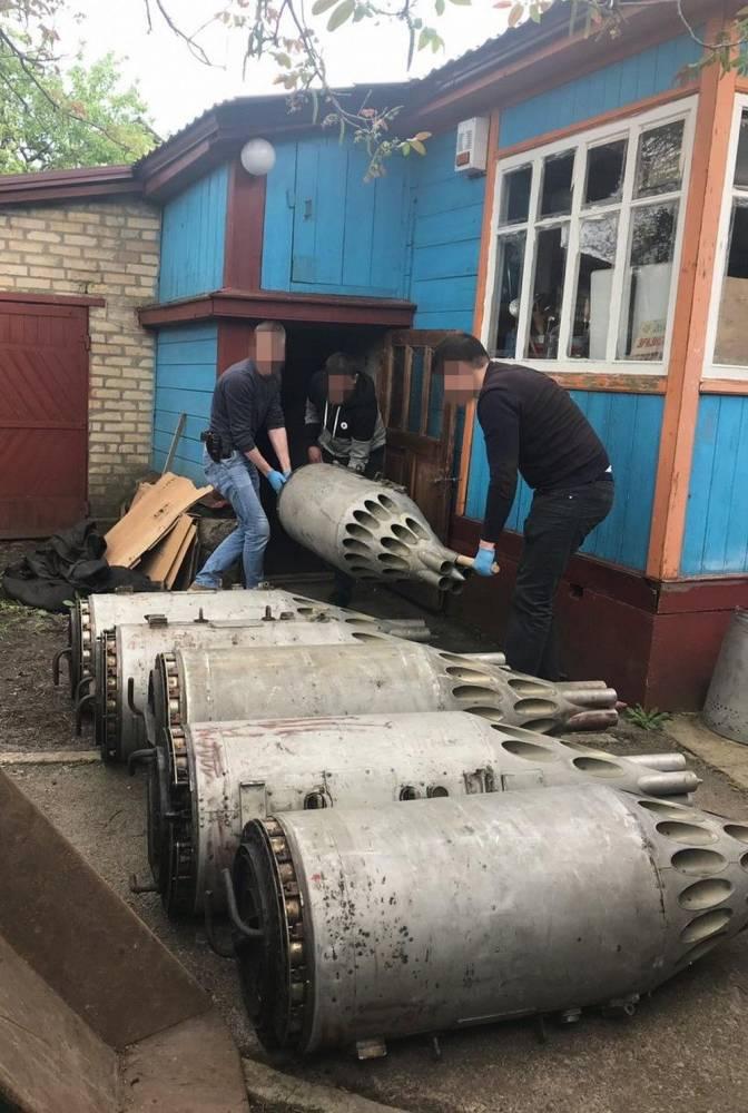 В Киевской области складировали авиационное вооружение для отправки в Африку