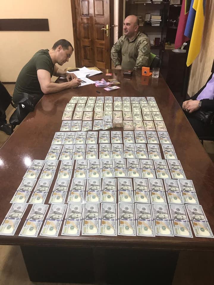 Руководство Донецкого погранотряда на съемной квартире собирало взятки у подчиненных