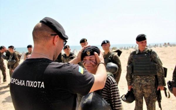 В Бердянске бойца морской пехоты судили за взятку и подделку документов