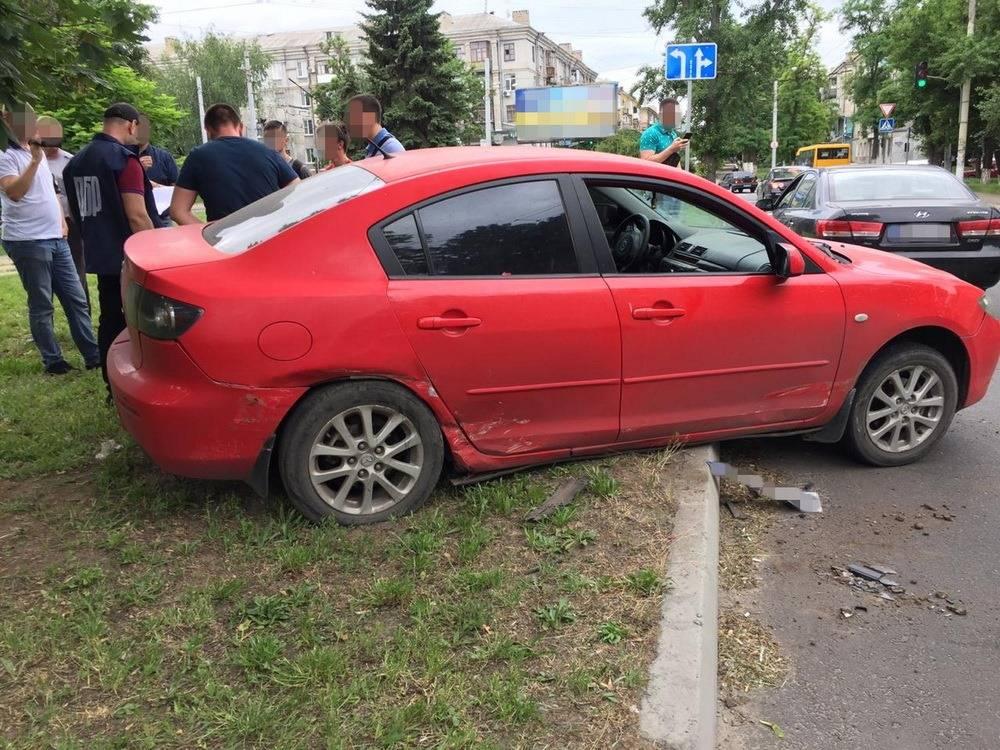 В Краматорске полицейский устроил аварию, чтобы сбежать со взяткой