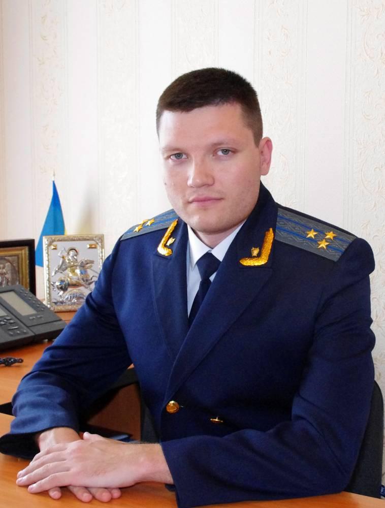 Зампрокурора Черкасской области напился и размахивал пистолетом