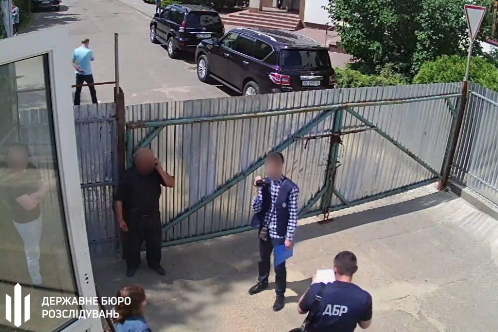 Чиновники Минобороны незаконно отвели под застройку землю военного городка во Львове