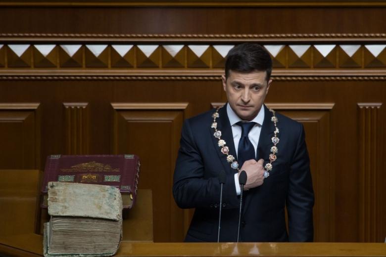 Президент  Зеленский обнародовал декларацию с заработком в 28 млн гривен
