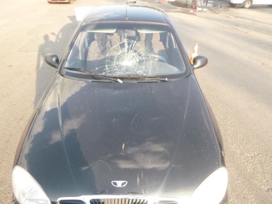 В Каменке-Днепровской пьяный полицейский сбил пешехода