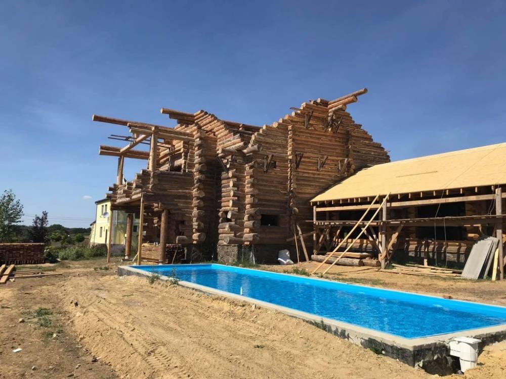 НАБУ проводит обыск в доме директора  Гутянского лесхоза