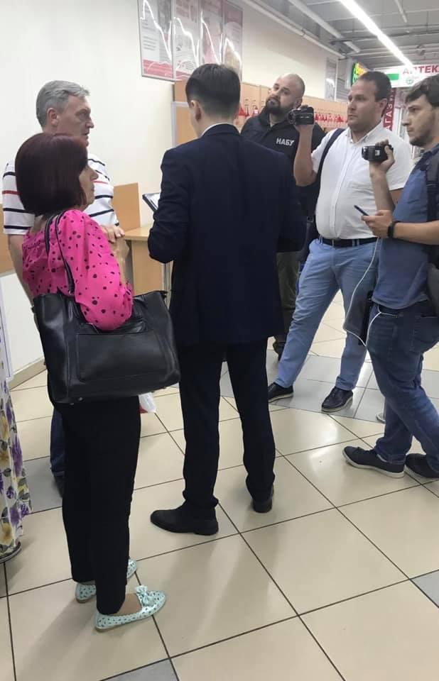 В Киеве задержали заместителя министра по вопросам перемещенных лиц: он вымогал 1,1 млн долларов