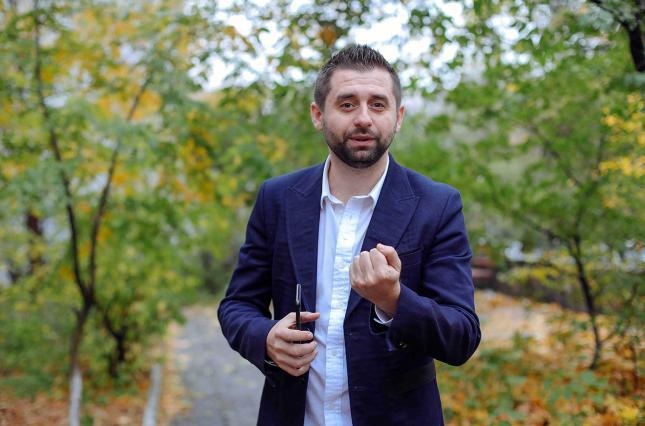 Арахамия может стать главой фракции Зеленского в парламенте
