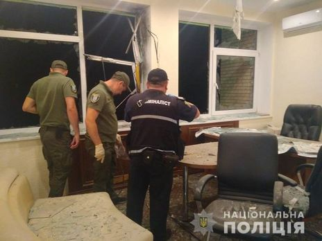 В Киеве неизвестные обстреляли из гранатомета здание «Мостостроя»
