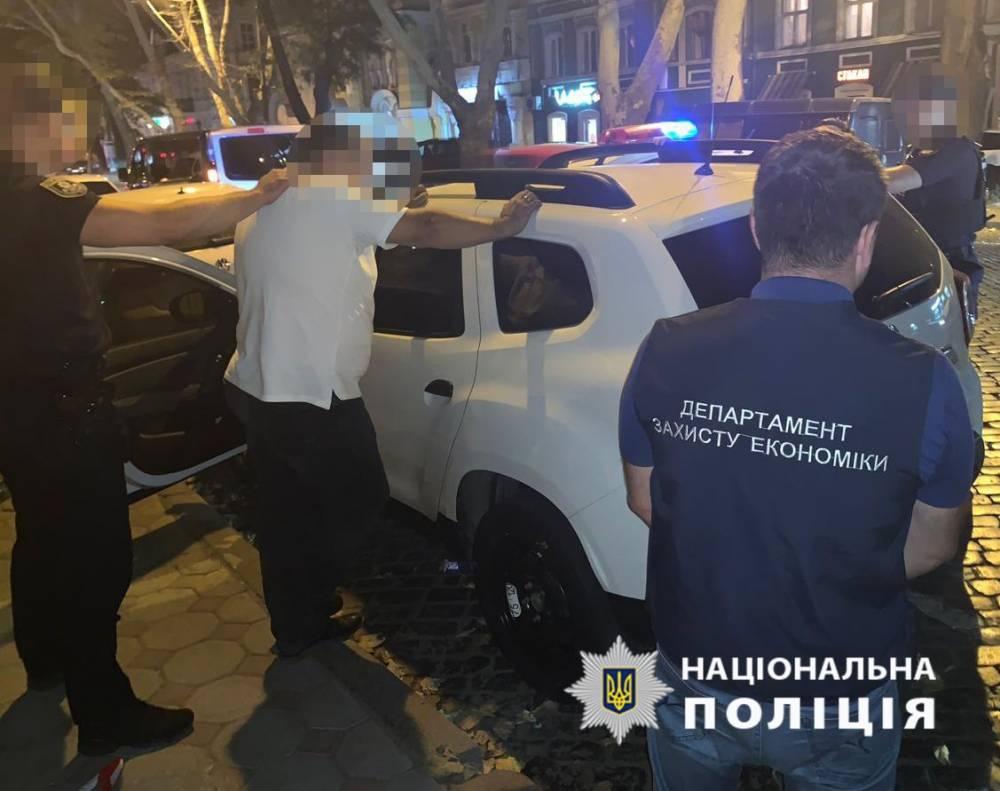 В Одессе топ-чиновники «Укрзализныци» вымогали 200 тысяч гривен