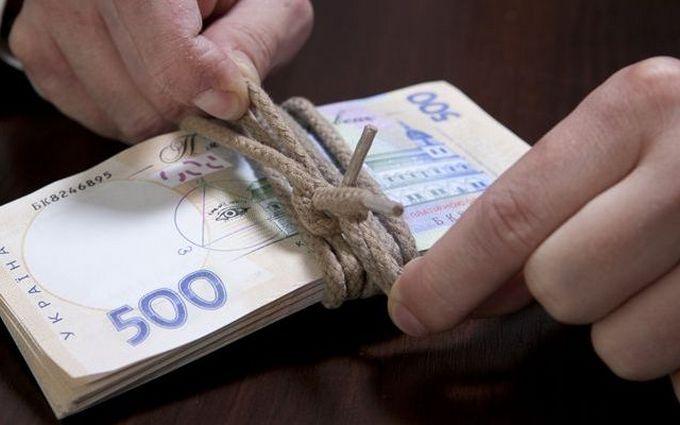 Депутат Долинского горсовета подозревается в растрате зерна на 51 млн гривен