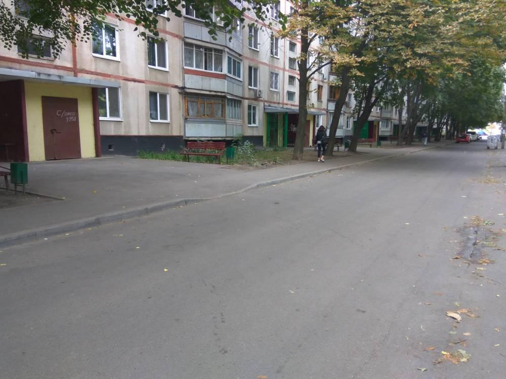 Департамента Харьковского горсовета заказал повторный ремонт тротуара за миллион